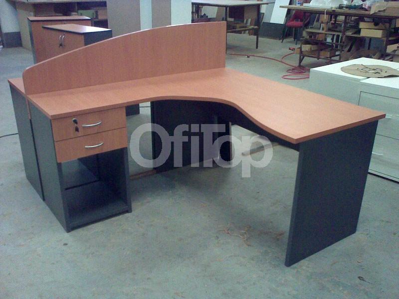 escritorio ergonomico doble con panel divisor