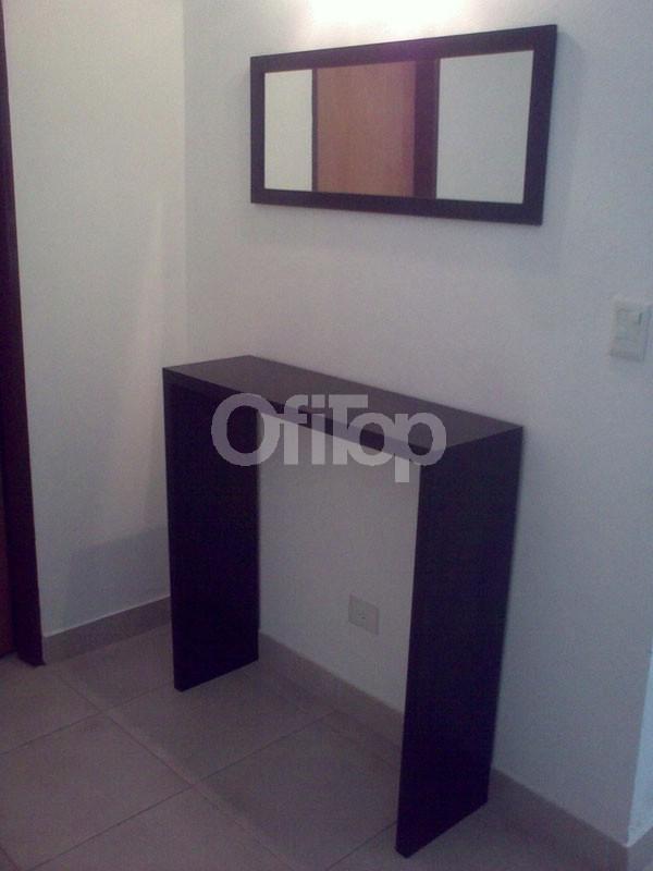 Mesa de tv de melamina para lcd mesa tv con ruedas para for Mesa para recibidor